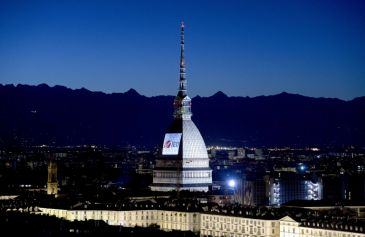 Proiezione Mole Antonelliana 32 - Salone Auto Torino Parco Valentino