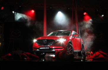 Soul Red Crystal Night - Mazda 9 - Salone Auto Torino Parco Valentino