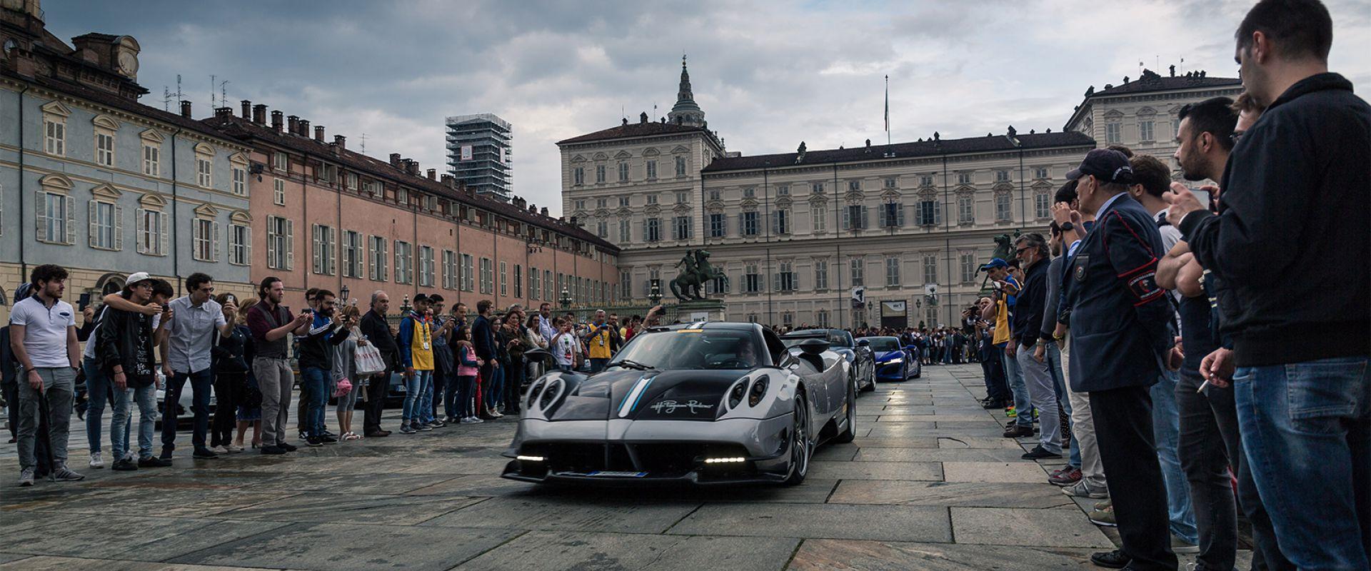 Supercar Night Parade Parco Valentino - Salone Auto Torino